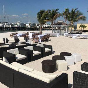 lounge-beach-furniture-setup